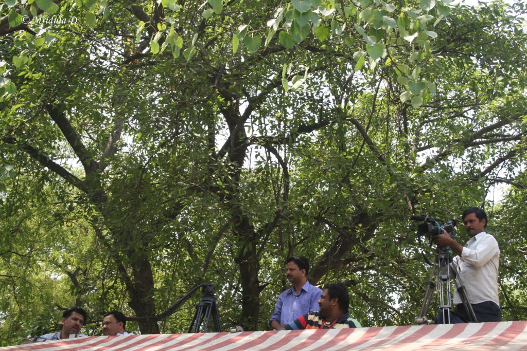 The Jantar mantar Canteen rooftop from where I took most of the Anna Hazare Fast pictures