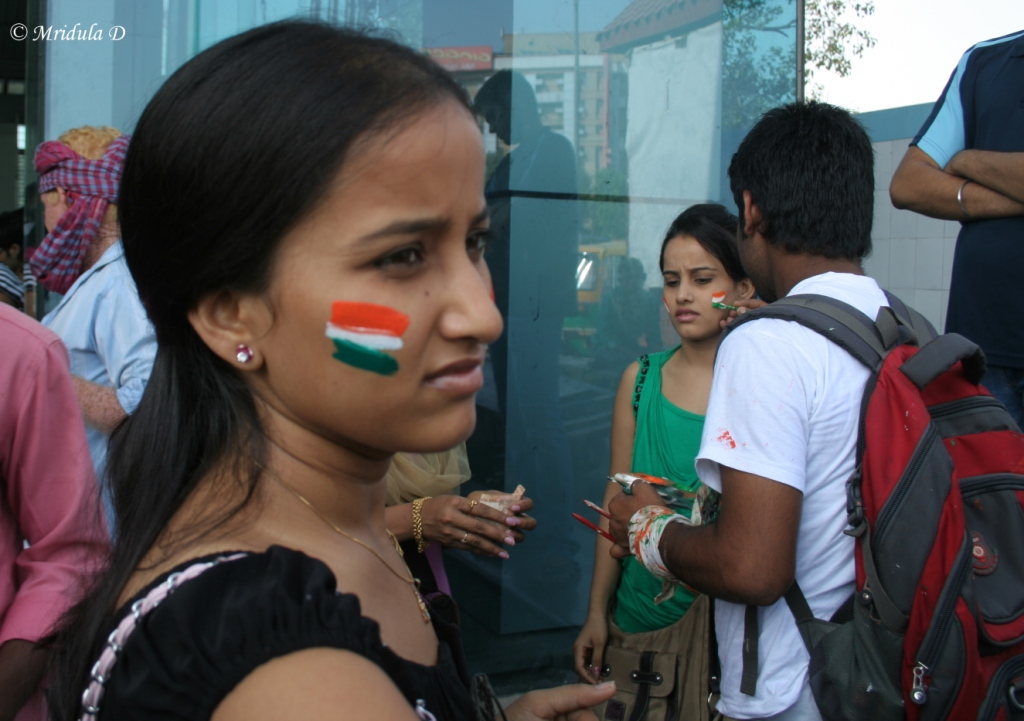 Getting the National Flag Colors Painted Outside New Delhi Metro Station