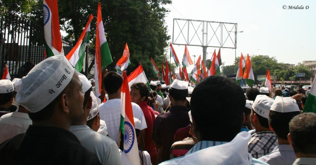 Queue to get inside the Ramlila Maidan