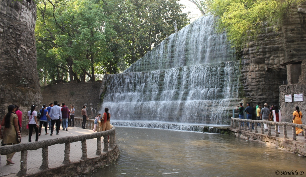A Waterfall in Phase 3,It is Popular with People!