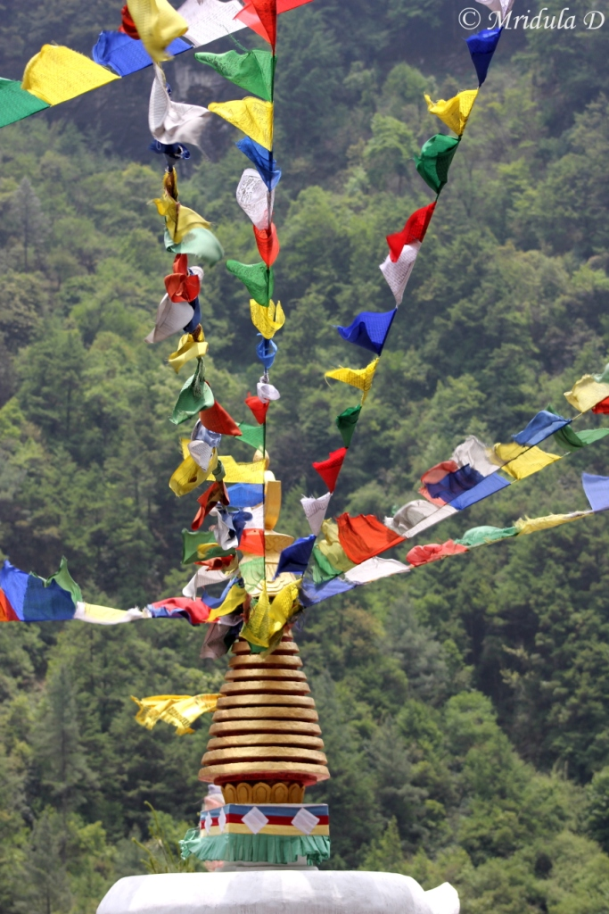 The Prayer Flags, Namche to Lukla, Everest Base Camp Trek