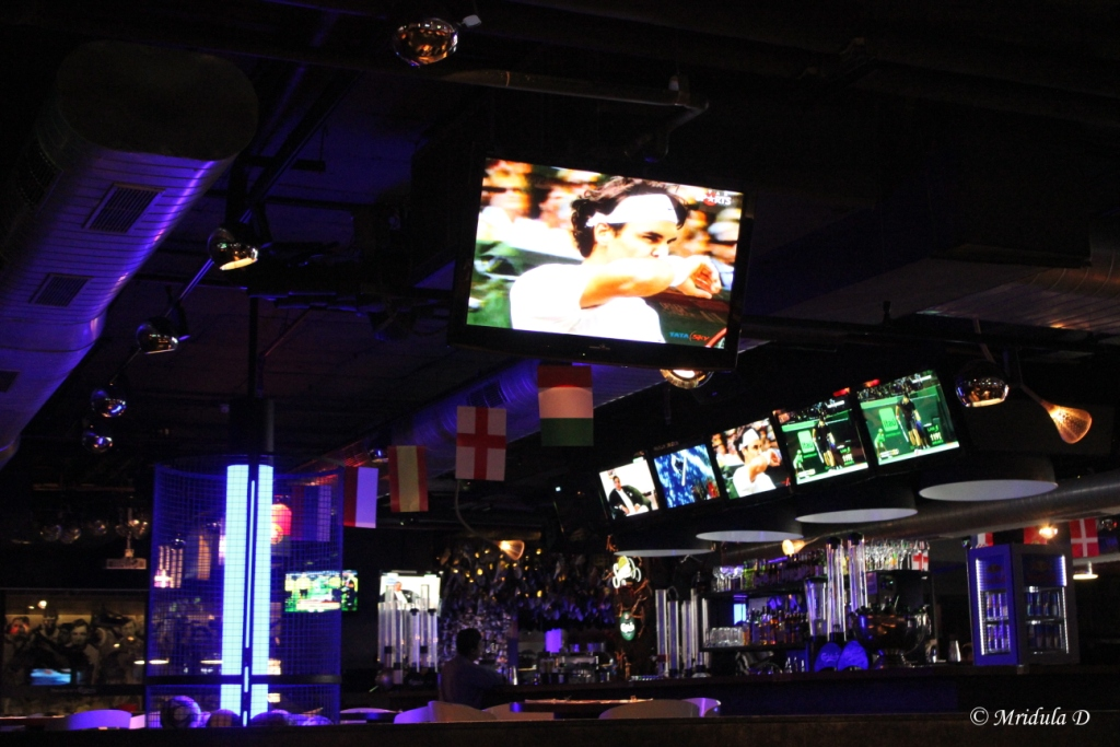 The TV Screens at the Underdoggs, Ambience Mall, Vasant Kunj, Delhi