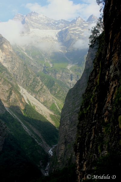 View from the Hemkunt Sahib Route, Uttarakhand