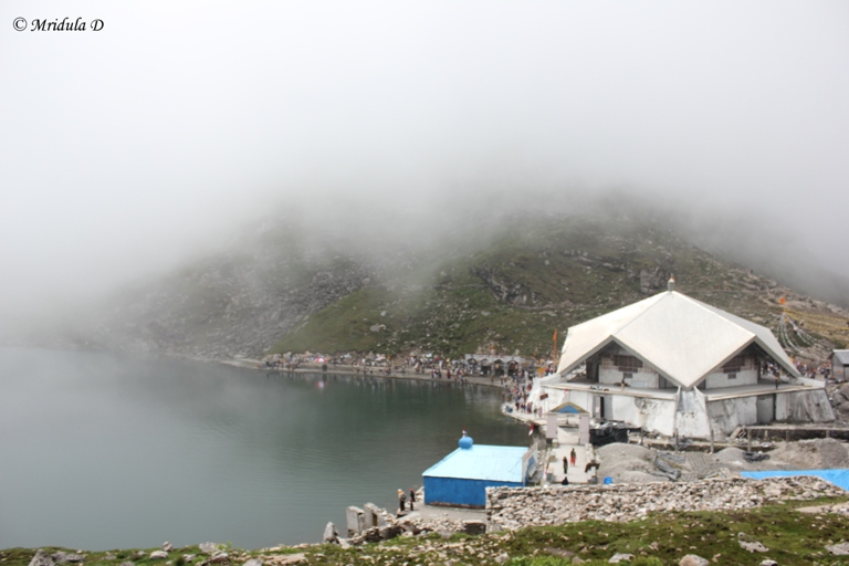 Hemkunt Sahib, The Gurudwara and the Lake