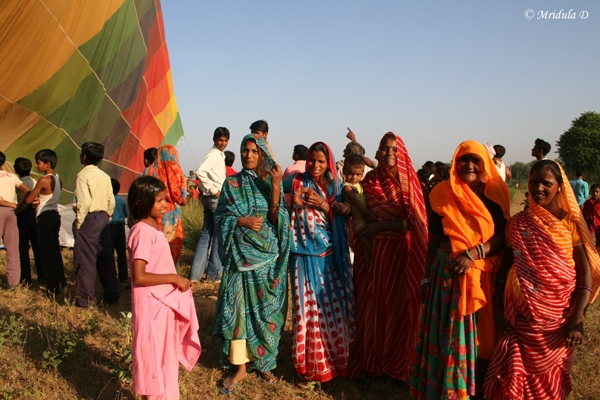 Women who came to see a Hot Air Balloon near Jaipur