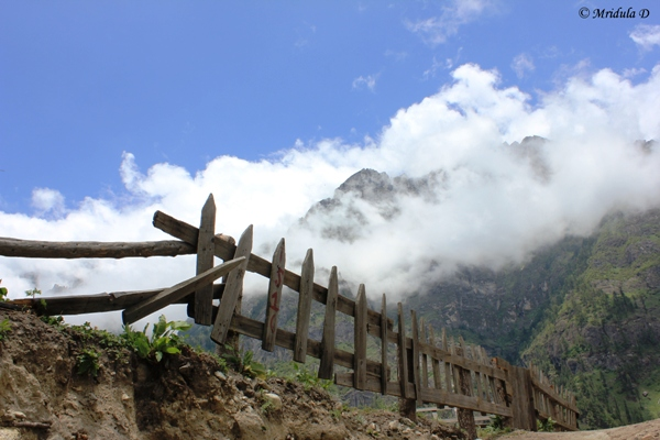 Beautiful Trail, Dharapani to Chame, Annapurna Circuit Trek, Nepal