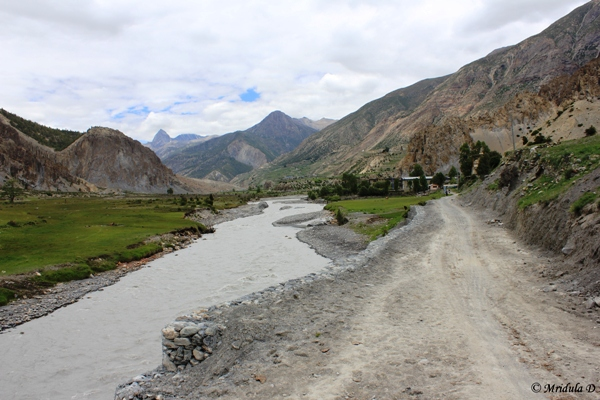 Marshyangdi River and the Road, Manang, Annnapurna Circuit Trek, Nepal