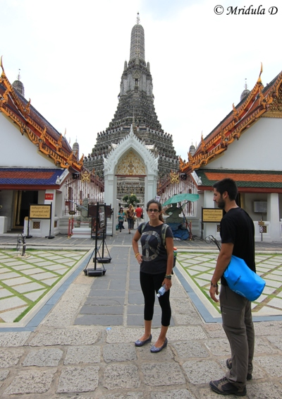 Temple Dress Code, Wat Arun, Thailand