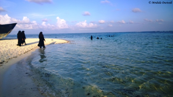 Local Women at Maafushi Beach, Maldives