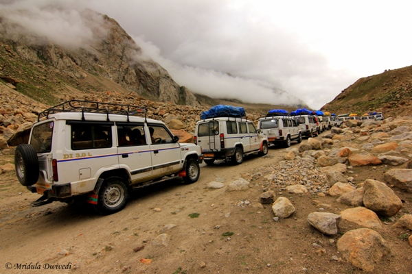 Piled Up Traffic near Pagal Nala after Chhatru, Spiti