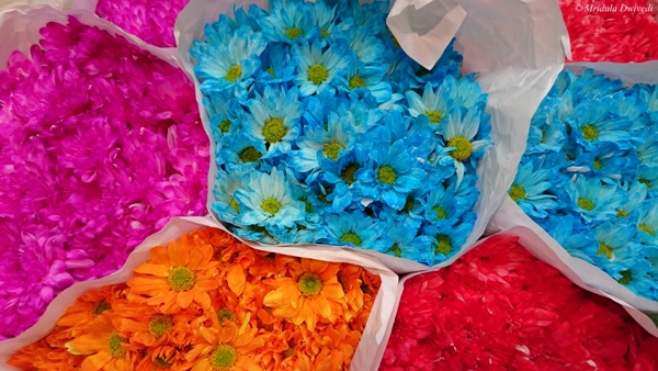 Cororful flowers for sale in the Flower Market in Bangkok, Thailand