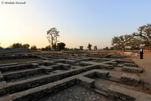 ancient-marketplace-sirpur
