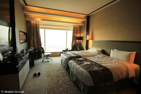 palladium-mumbai-room