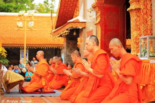 monks-chiang-mai