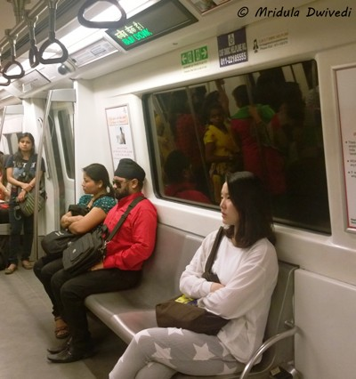 visually-impaired-delhi-metro