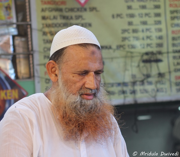 henna-died-beard-chandni-chowk
