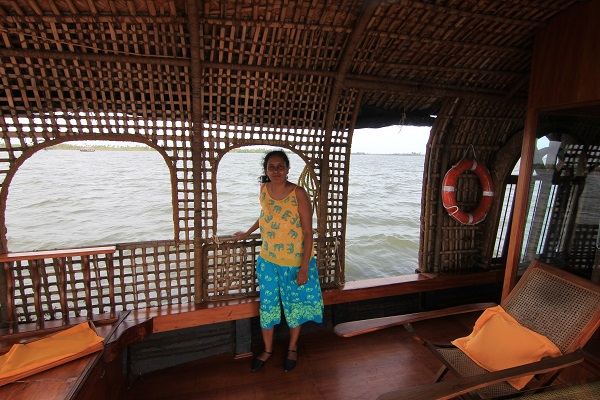 houseboat-kumarakom-lake-resort