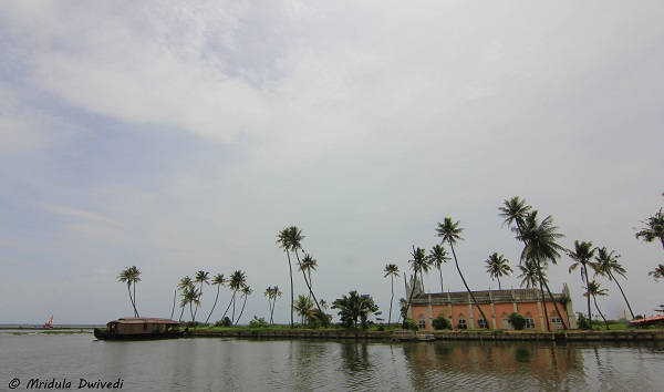 local-church-kerala-backwaters