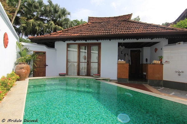 open-bathroom-kumarakom-lake-resort