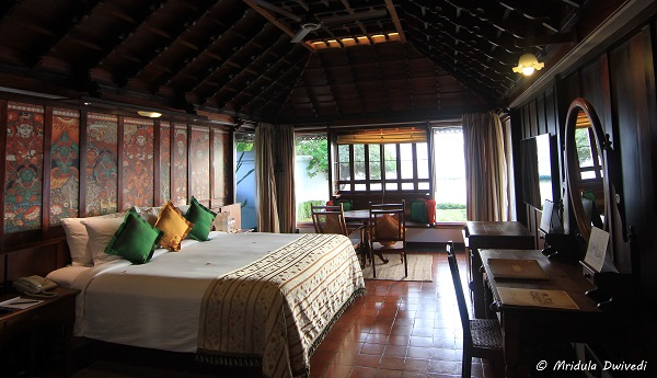 prince-charles-kumarakom-lake-resort