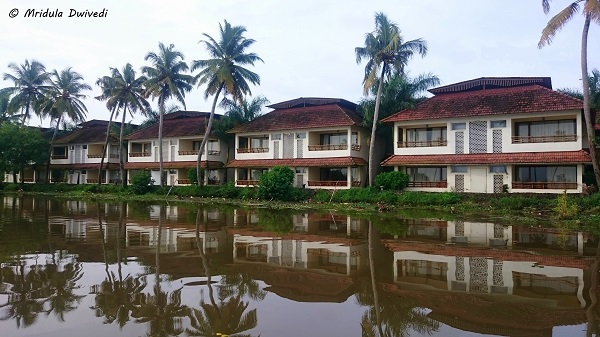 resort-kerala-backwaters