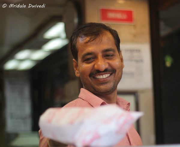 shopkeeper-chandni-chowk