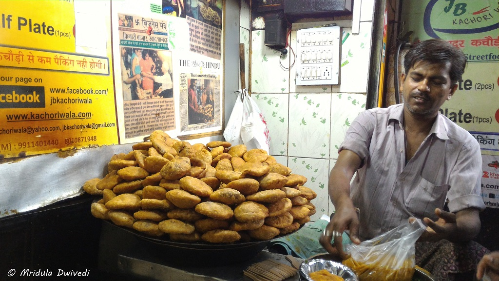 food-chandni-chowk-jb-khchori-wala