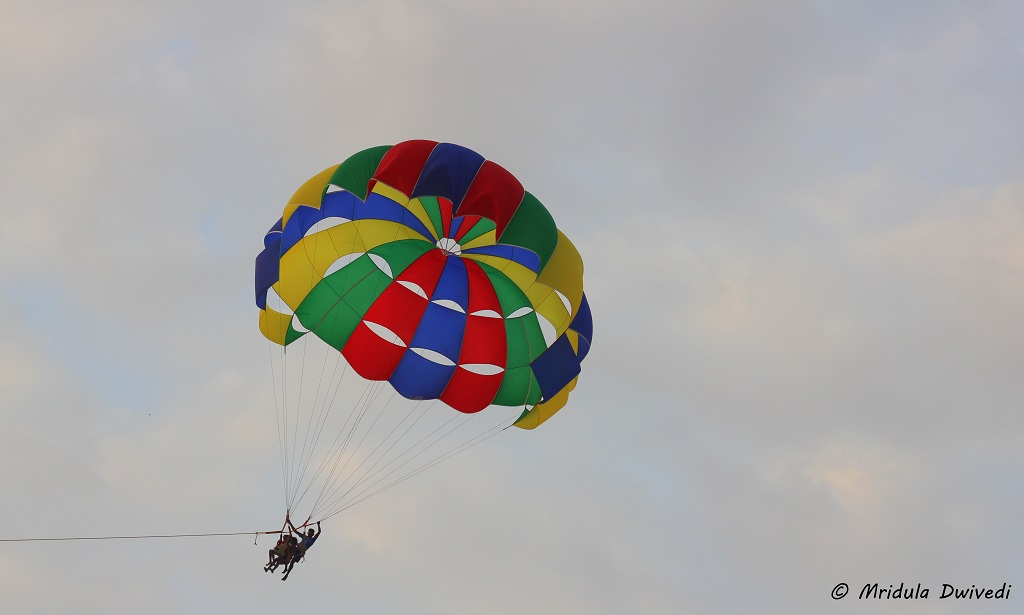 parasailing-for-kids-in-goa