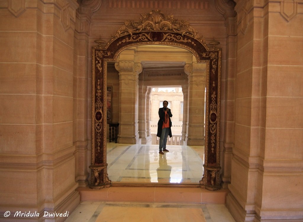 mirrors-umaid-bhawan-palace