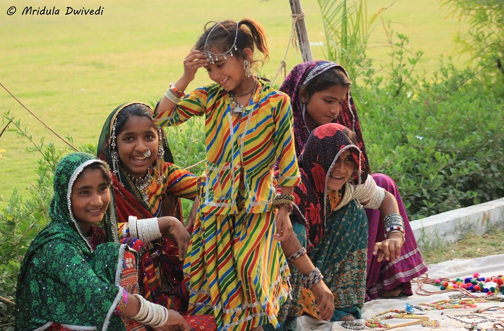 women-little-rann-kutch-gujarat