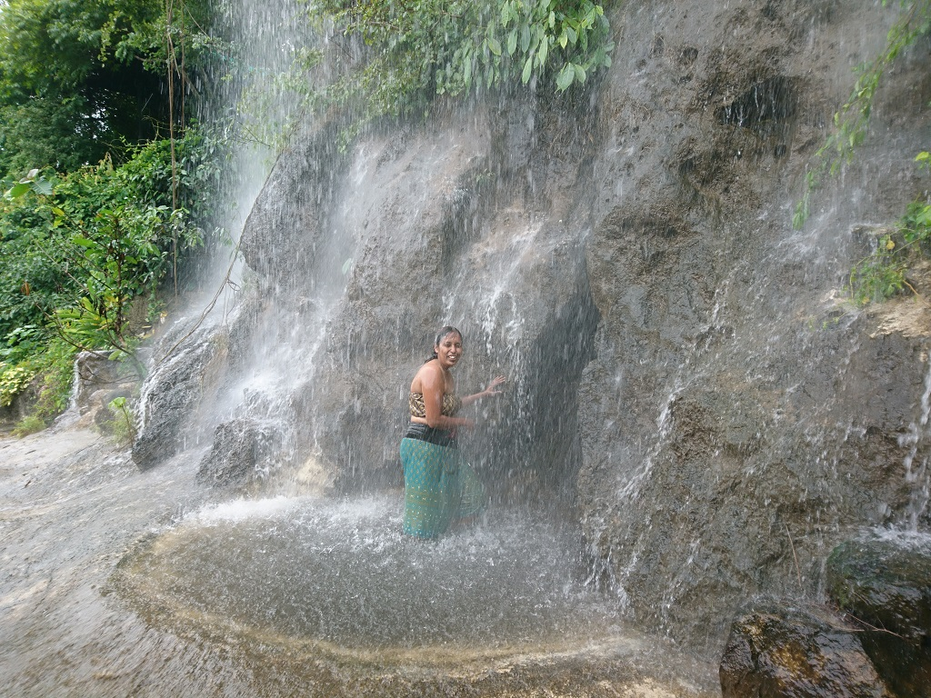 water-fall-rock-valley-hot-spring-and-spa