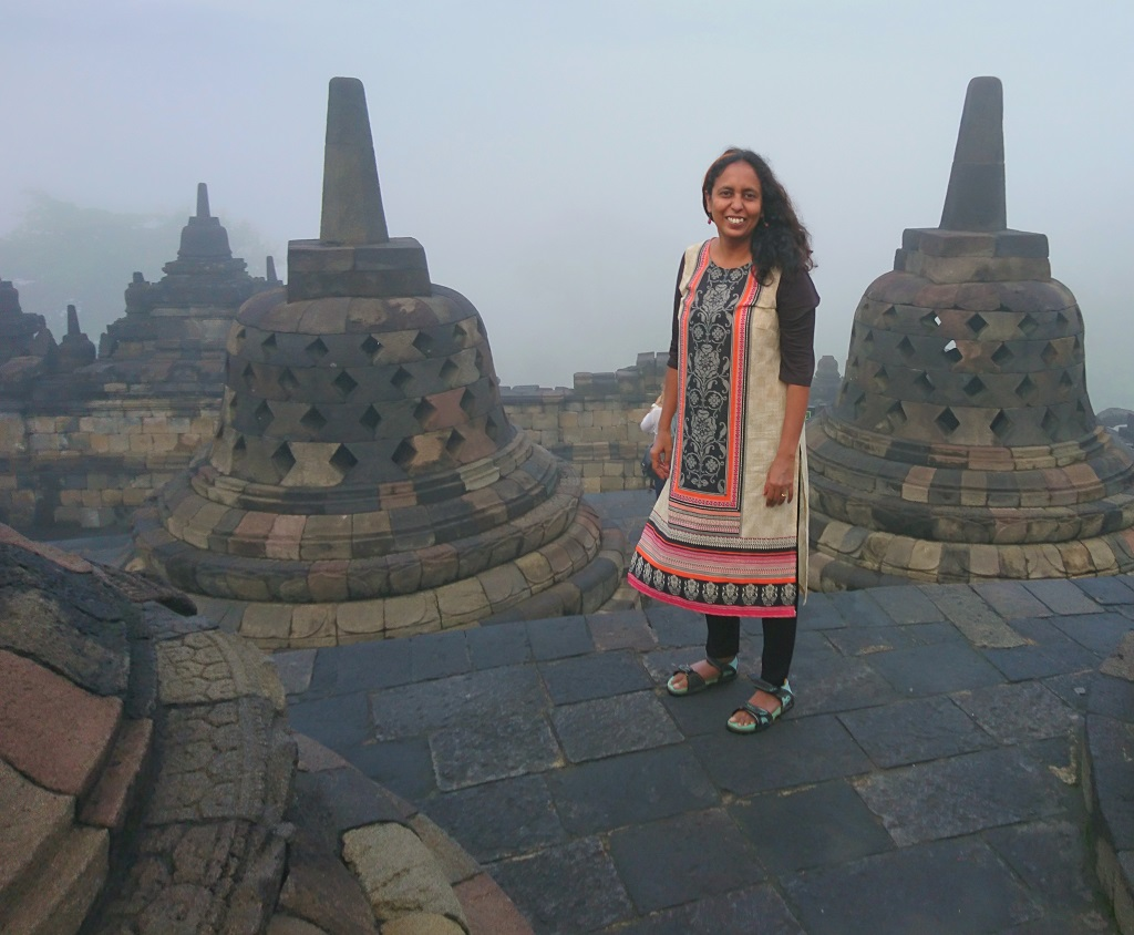 borobudur-dress-code