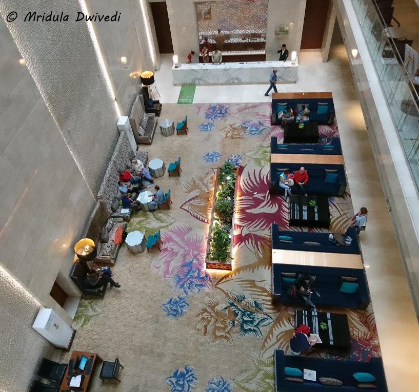 lobby-holiday-inn-jaipur