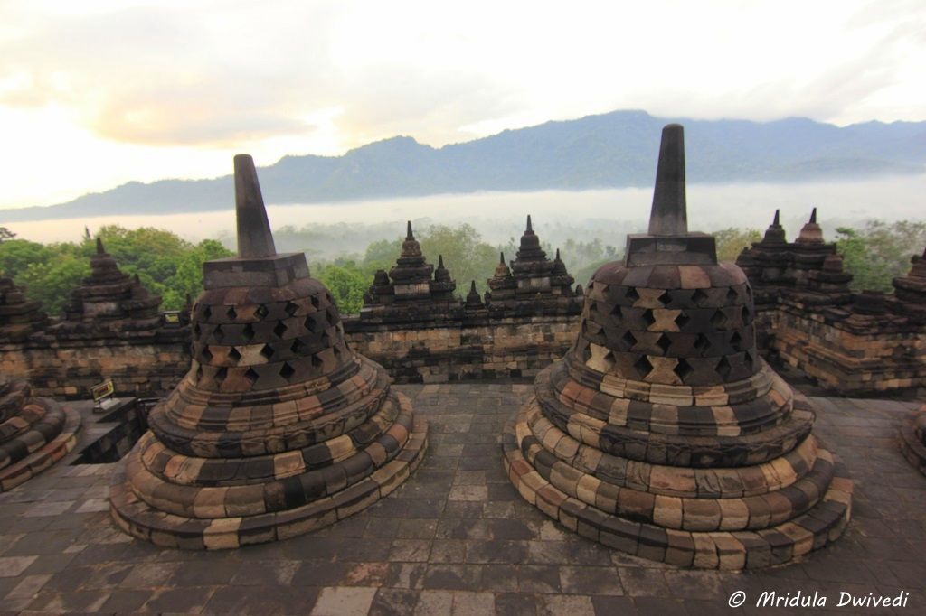 morning-borobudur