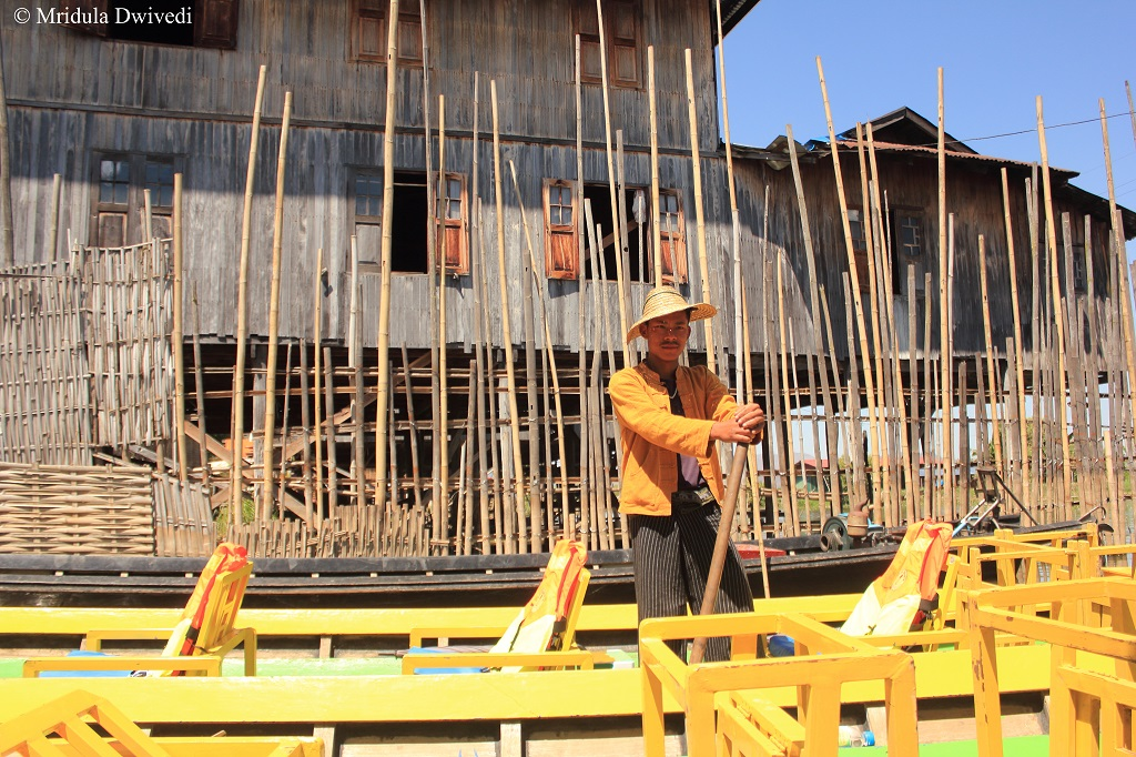 boatman-inle-lake