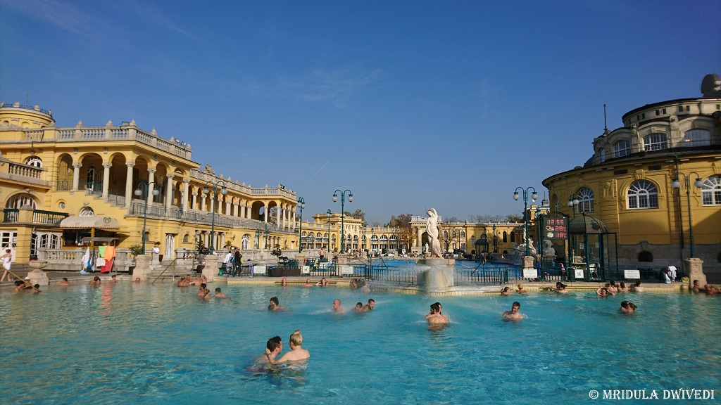 Széchenyi-thermal-bath