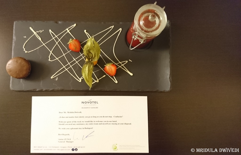 welcome-note-novotel-budapest-danube