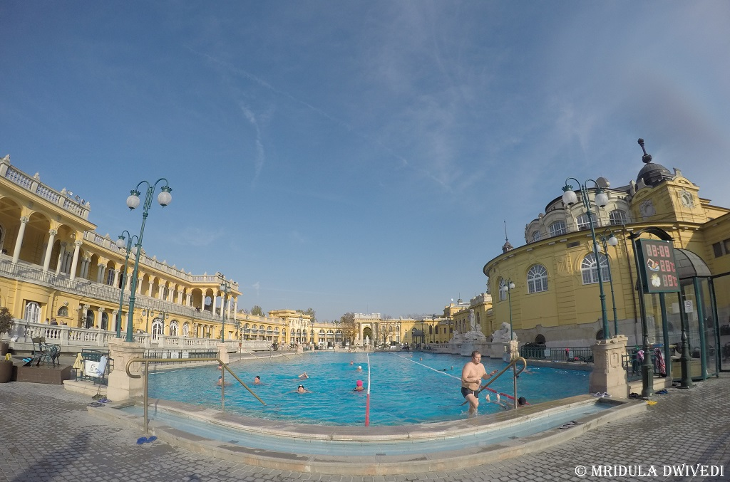 pools-Széchenyi-Thermal-Bath