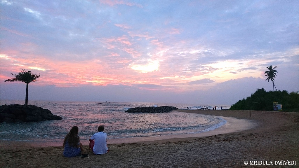 amari-galle-sunset