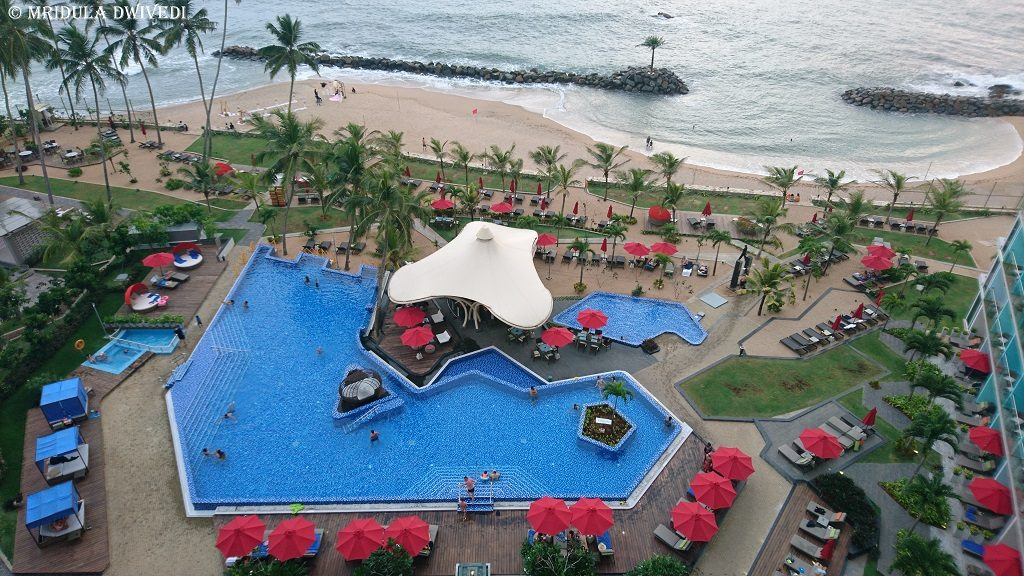 swimming-pool-amari-galle